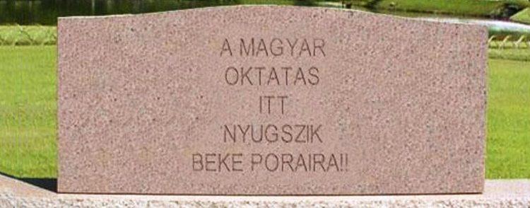 """A magyar kormány """"jó keresztényt"""" akar nevelni a diákokból"""
